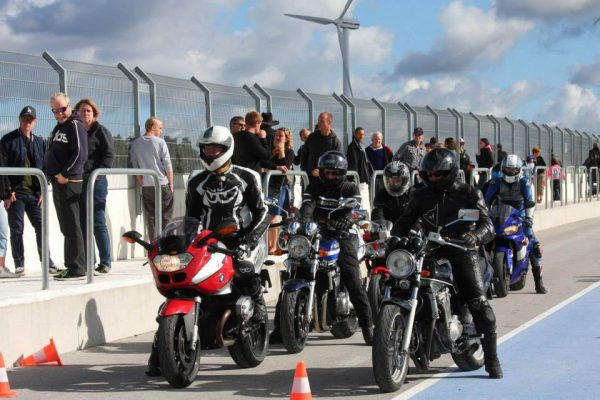 Motorcycles reading for the race