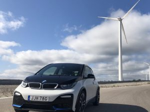 Wind Driven RingTaxi/EV Driving Experience