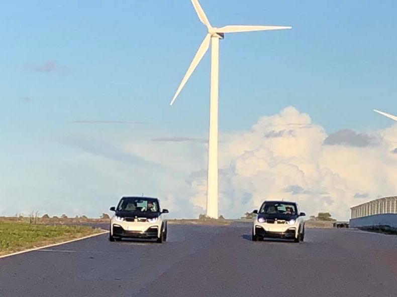 BMW i3s, 2x20 min